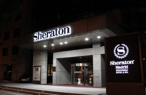 Letras corporeas Sheraton