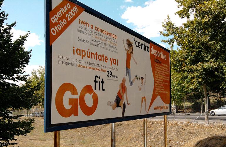 Vallas publicitarias Barcelona naranja