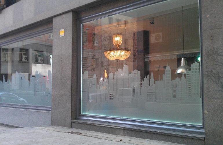 Toda tienda necesita un escaparate - Vinilos decorativos para exteriores ...